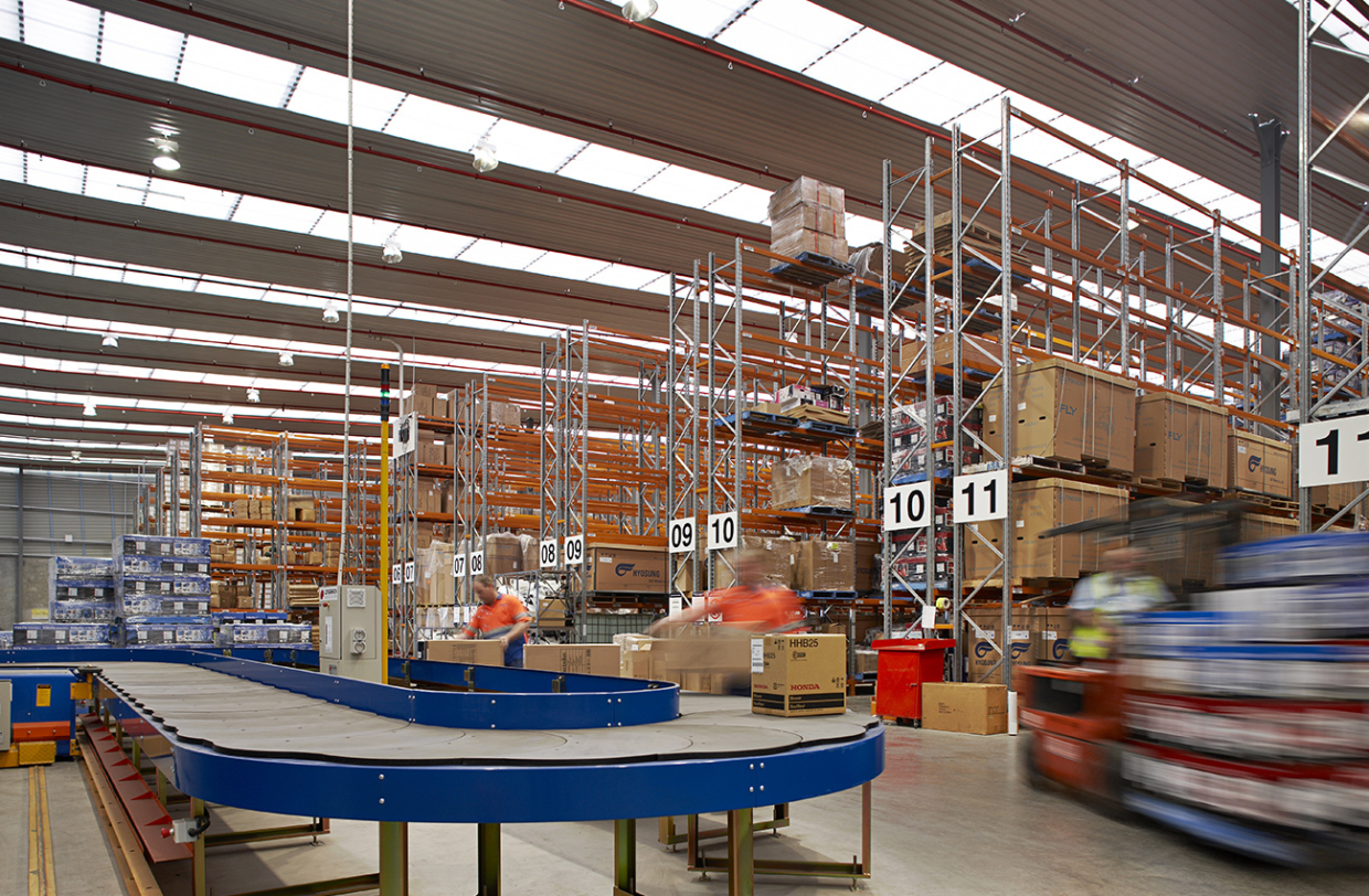 Star Track Express Distribution Centre Perth Airport